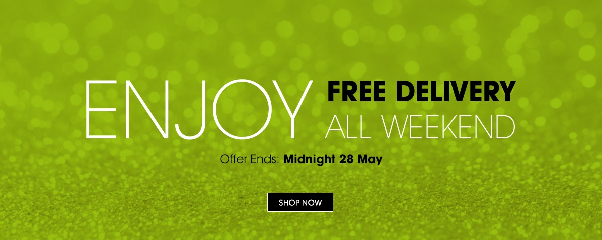 Free Delivery All Weekend on Airbrush Make-Up - Shop Now!