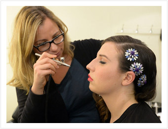 MUA sensation Mariam Jensen airbrushing Abi from The X Factor