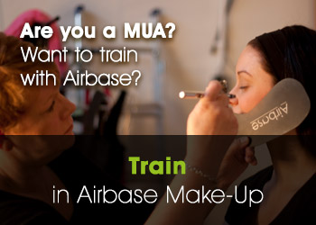 Train in Airbrush Make-Up